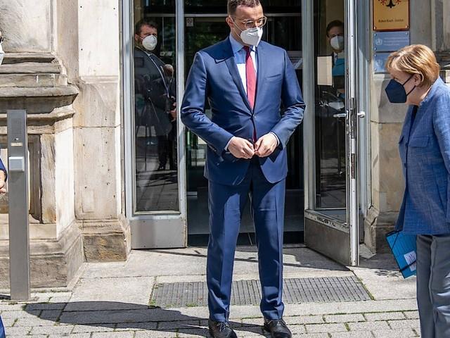 Debatte um Inzidenzwert: Spahn widerspricht RKI-Chef Wieler
