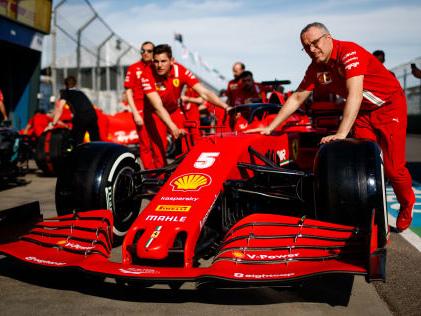 Formel 1: Neue Regeln erst 2022 Regel-Verschiebung schlecht für Ferrari?