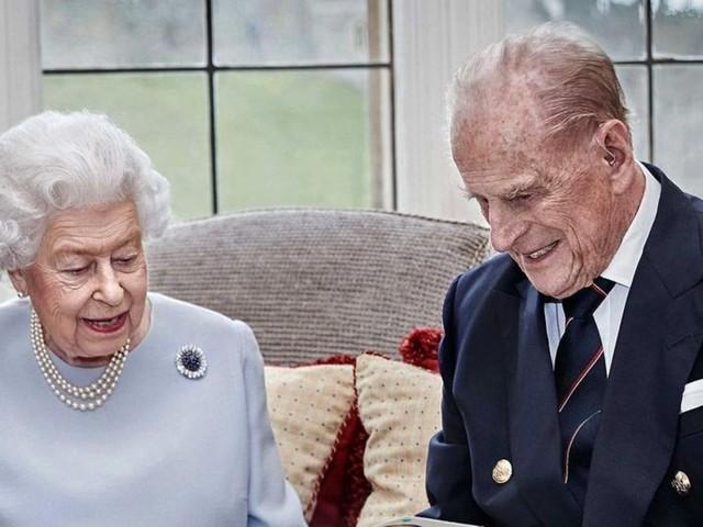 Queen Elizabeth + Prinz Philip: Handgemachtes Geschenk ihrer Urenkel bringt die Queen zum Strahlen