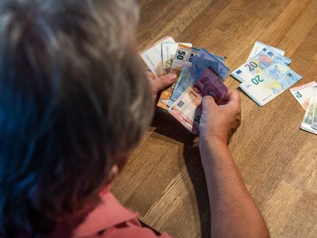 Rente: So viel müssen Sie verdienen, um im Alter gut über die Runden zu komme
