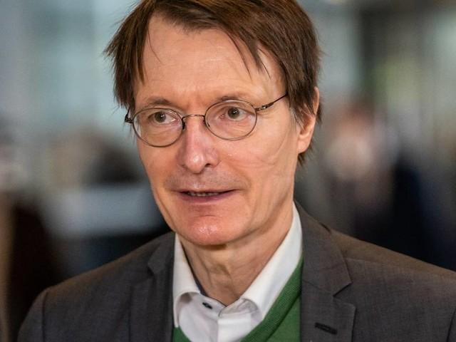 """Dynamik der Corona-Pandemie: Lauterbach räumt ein: """"Hendrik Streeck hatte voll recht"""""""
