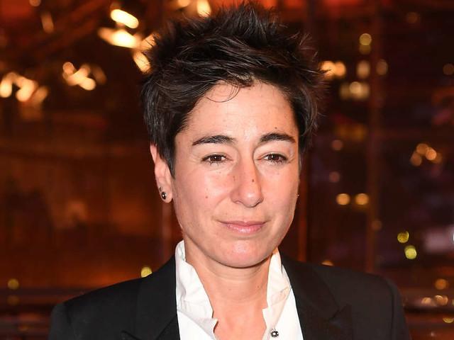 ZDF-Frau Hayali meldet sich nach Wochenzurück -mit düsteren Postings