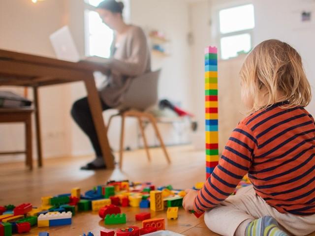Im Schnitt sechs Tage krank: Studie: Kinder leiden selten an Long Covid