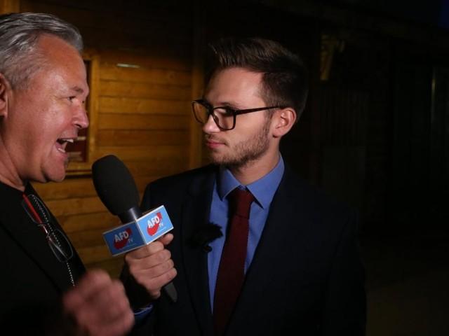 """Flüssiges Kokain im Schnitzel"" - ""Heute-Show"" bei FPÖ-Wahlparty"