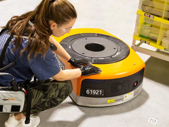 Amazon will Mitarbeiter mit Weste vor Robotern schützen