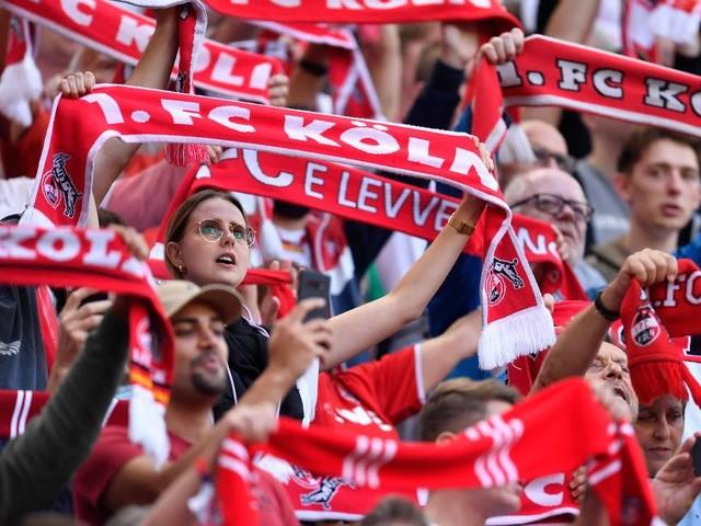 Vereine drängen auf vollere Stadien: Zuschauer-Wirrwarr im Fußball sorgt für Diskussionen