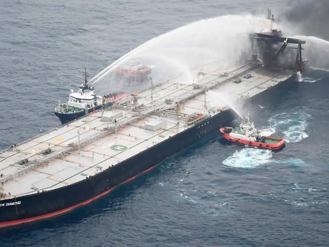 Sri Lanka: Kapitän von in Brand geratenem Öltanker muss vor Gericht