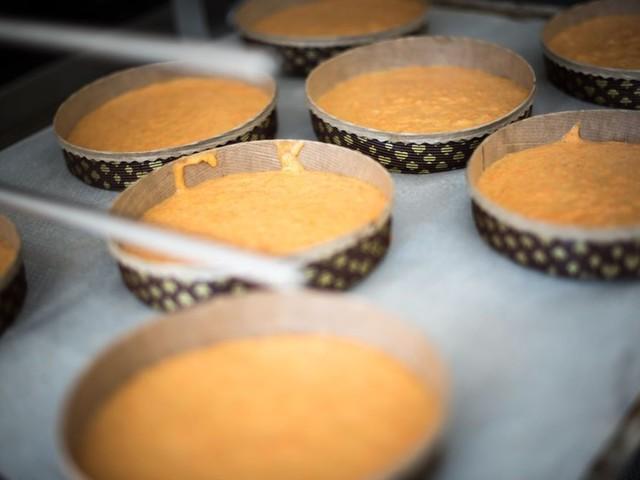 Metallstücke im Kuchen: Firma ruft Lebensmittel zurück – auch in Baden-Württemberg
