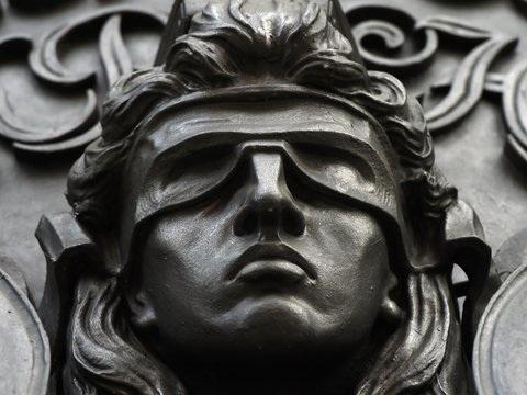 OVG lehnt AfD-Antrag ab: Anordnung für Maske zulässig