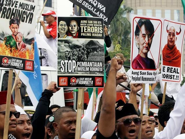 Buddhistischer Hassprediger - Terror-Mönch Wirathu hetzt gegen Rohingya in Myanmar