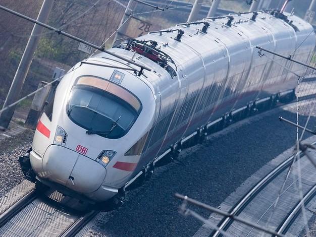 Streik vor den Ferien?: Lokführer-Gewerkschaft beschließt Arbeitskampf bei der Bahn