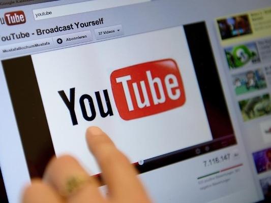 YouTube verbannt Werbung für Alkohol, Medikamente, Glücksspiel und Politik von seinem prominentesten Anzeigenplatz.