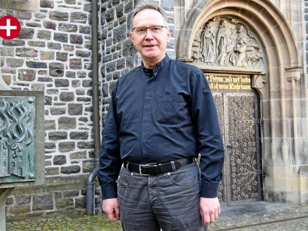 Interview: Priestermangel, Altarbild, Maria 2.0: J. Hammer im Interview