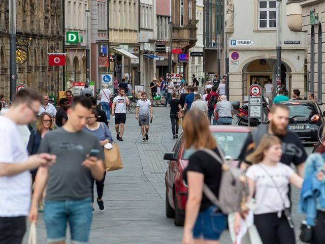Corona-News – Erstmals seit August weniger als 500 Neuinfektionen ++ Nachfrage nach Schnelltests in Deutschland sinkt