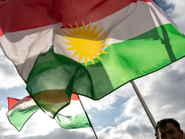 Mann bei Kurden-Demo durch Messerstich schwer verletzt