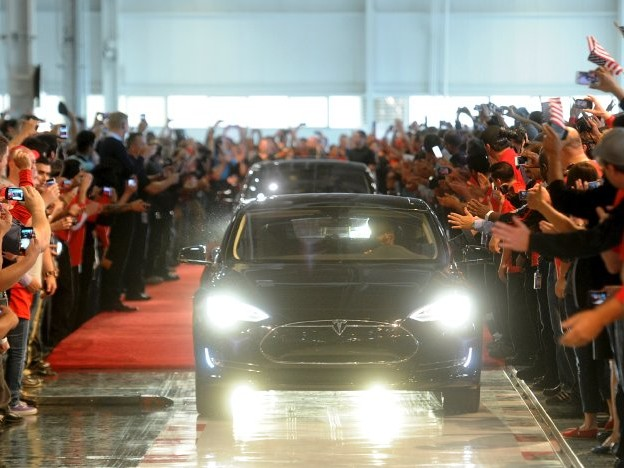 Börsenhype um Elektroautos: Weltherrschaft eingepreist - warumTeslas Aktie hochschießt