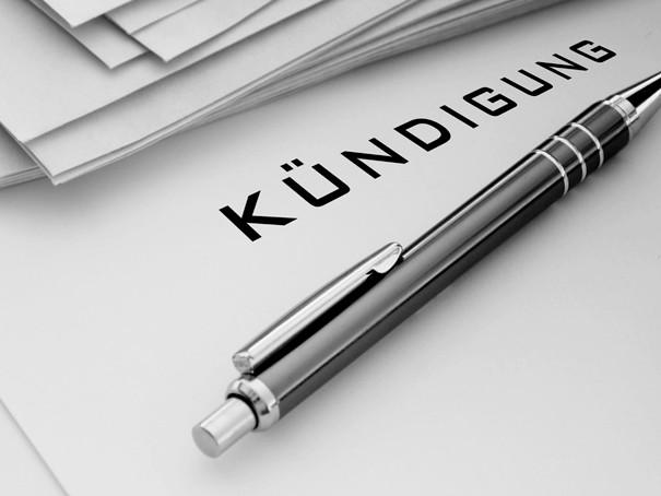 kfz versicherung kndigen so wechseln sie ihre autoversicherung kndigungsfrist muster vorlage finanztip - Kfz Versicherung Kundigung Muster