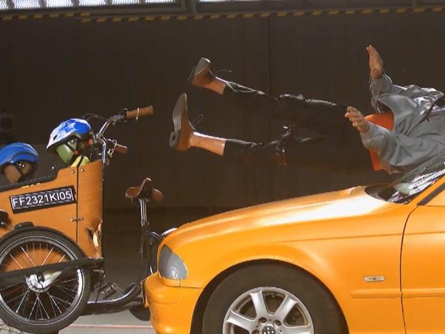 Crashtest zeigt Mängel: ADAC testet Lastenräder und Fahrradanhänger: Wo ist die Gefahr für Kinder am höchsten?