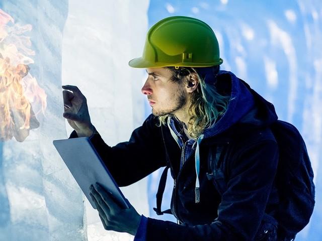 Forscher finden in Gletscher eingeschlossenes Feuer aus der Steinzeit