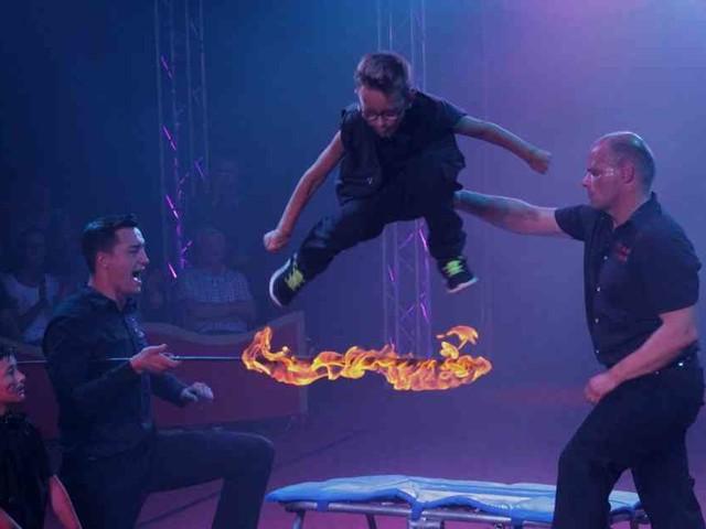 Zwei Stunden Jubelstürme: Fast 100 Kids liefern vor 400 Zuschauern ein Zirkus-Spektakel