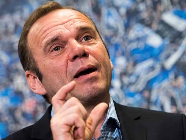 Sport kompakt: Bernd Hoffmann verliert Machtkampf beim HSV und muss gehen