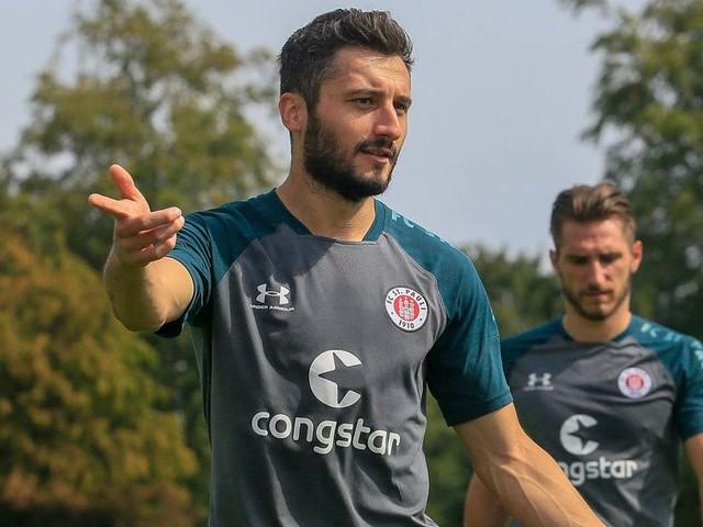 Nach Rauswurf bei St. Pauli: Sahin trainiert bei Erdogan-Klub mit