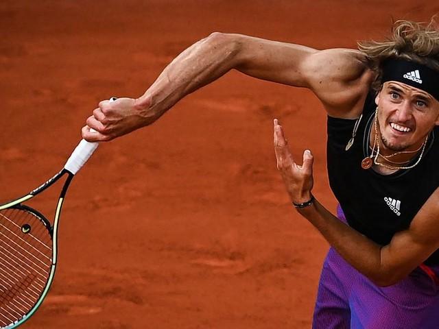 Zverev und Tsitsipas zogen ins French-Open-Halbfinale ein