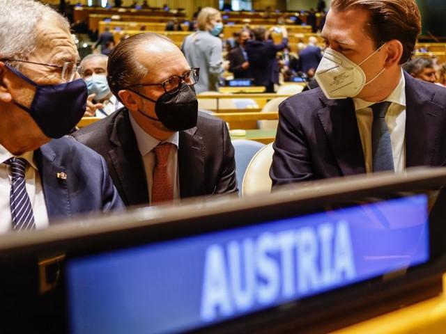 """Kurz fordert vor UN Impfung für """"ganze Welt"""""""