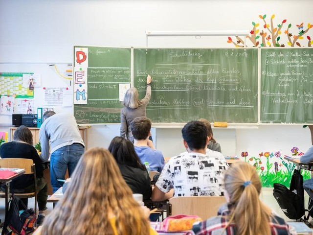 """Wiener Neos: """"Gläserne Schule"""" soll Probleme offen legen"""