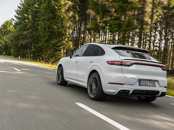 Porsche Cayenne Turbo S E-Hybrid Coupé: Turbo plus!