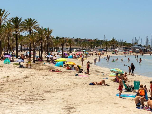 Corona-Hotspots: Ist der Sommerurlaub doch noch in Gefahr?