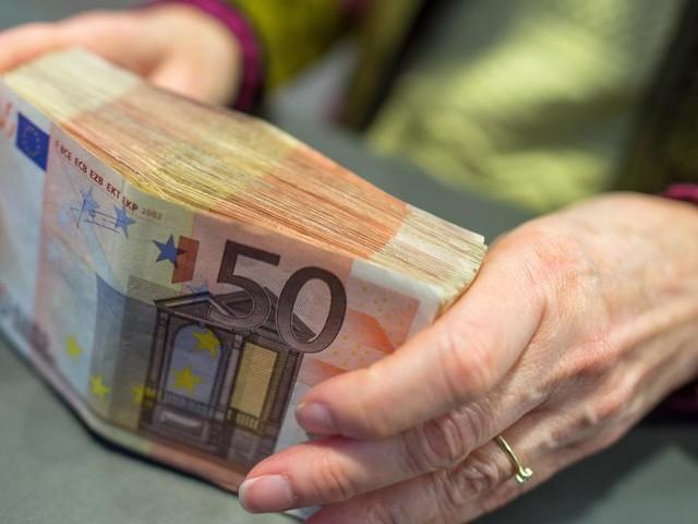 Polizeitrick: 85-jährige Frau aus Baden übergab 165.000 Euro