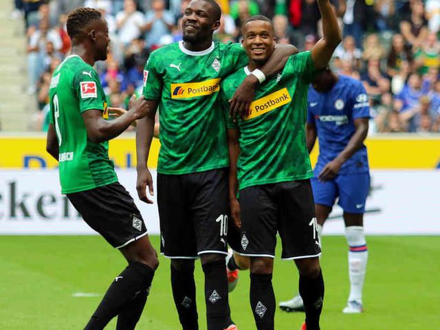 """Borussia-Trainer über Strobl-Verletzung: """"Glaube, dass es nichts Längerfristiges wird"""""""