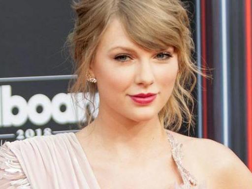 Taylor Swift: Weihnachts-Musikvideo zeigt sie als Kind