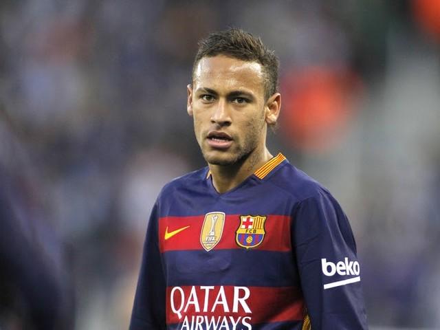 Sonntagsfrage: Was halten Sie davon, dass Neymar für 222 Millionen Euro nach Paris wechselt?
