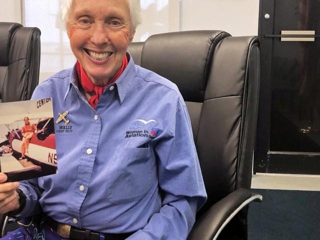 Lebenstraum erfüllt: 82-Jährige fliegt mit Jeff Bezos ins All