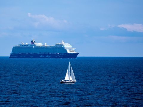 Tui und Aida starten am Pfingstwochenende ab Kiel