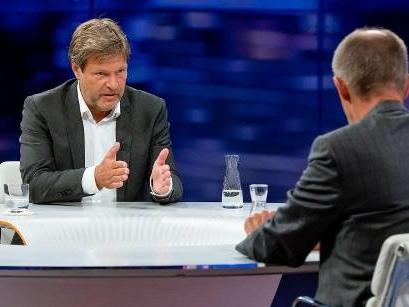 """Habeck platzt im Duell mit Merz der Kragen: """"Wie auf dem Unionsparteitag"""""""
