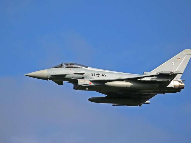 Überschallflüge in der Region Stuttgart: Knall von Eurofighter schreckt Menschen auf