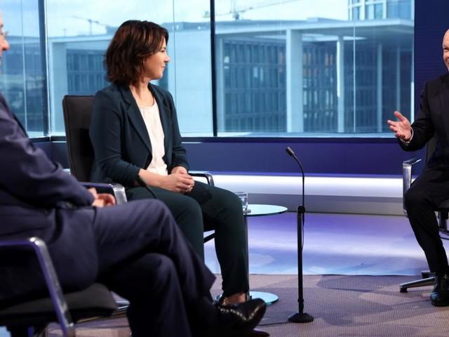 Wahlkampf in Deutschland: Vor TV-Debatte geht SPD in Führung