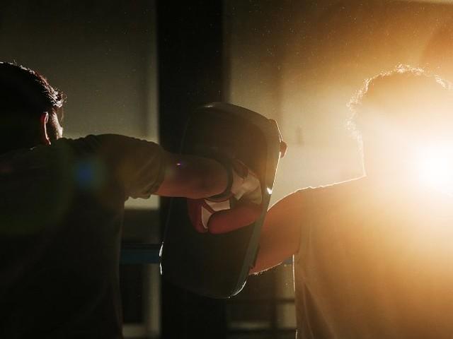 Roman aus dem Boxring: Schmerz, Spucke, Schweiß, Blut