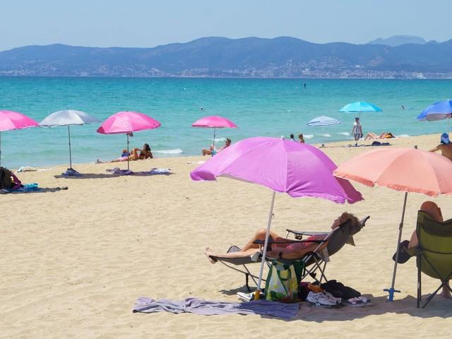 Mallorca, Kanaren und Festland: Urlaub in Spanien: Was Reisende jetzt zur Coronalage wissen müssen