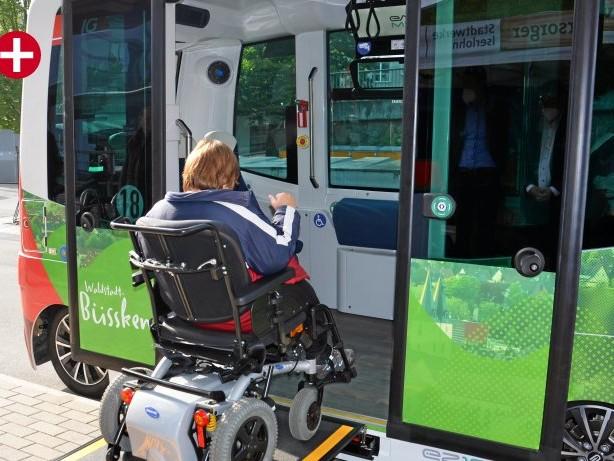 Elektromobilität: Minister Pinkwart kommt zur Jungfernfahrt nach Iserlohn