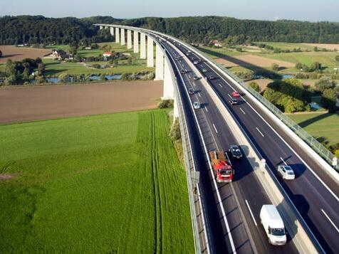 Ruhrtalbrücke zwischen Düsseldorf und Essen wird abgerissen und neu gebaut