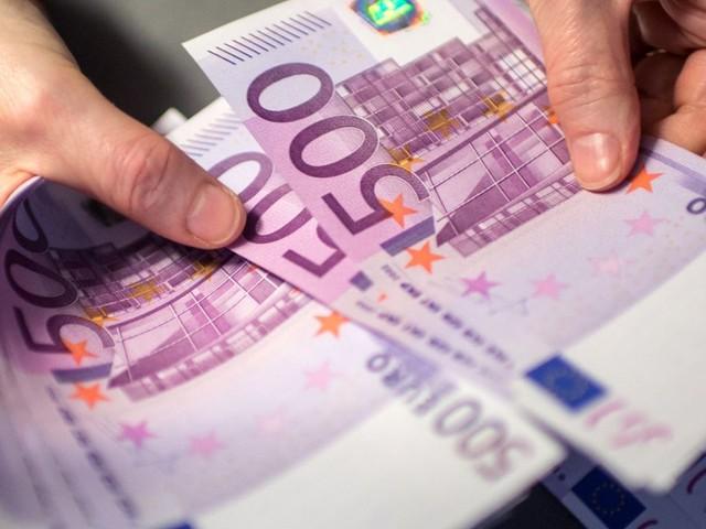 Geldwäsche-Prozess: 1,5 Millionen Euro im Auto versteckt