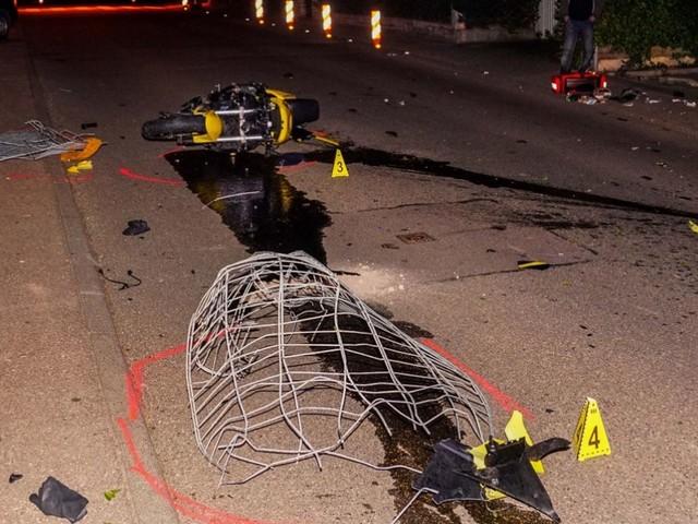 Schwerer Unfall in Wernau: 22-Jähriger stirbt bei Motorradunfall