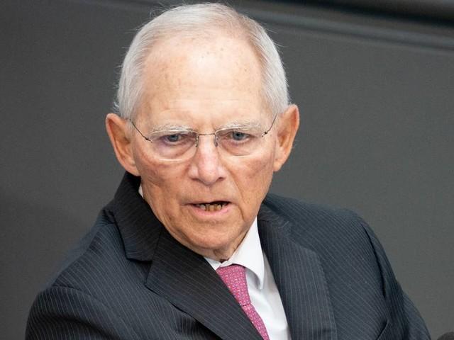 Schäuble drängt auf Impfempfehlung für Kinder