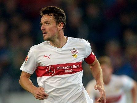Verletzter VfB-Kapitän: Gentner leistet seinem Team Motivationshilfe