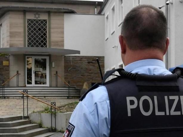 Terrorverdacht: Hagener Synagoge: Verdächtiger wegen Chats in Haft