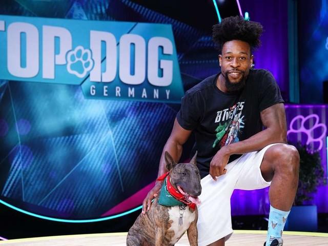 """""""Top Dog"""" (RTL): """"Ninja Warrior"""" Gary Hines greift mit seinem Hund Gizmo im Parcours an"""